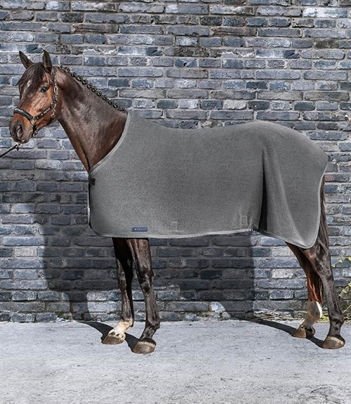Equiline Hugo Basic Fleecedækken