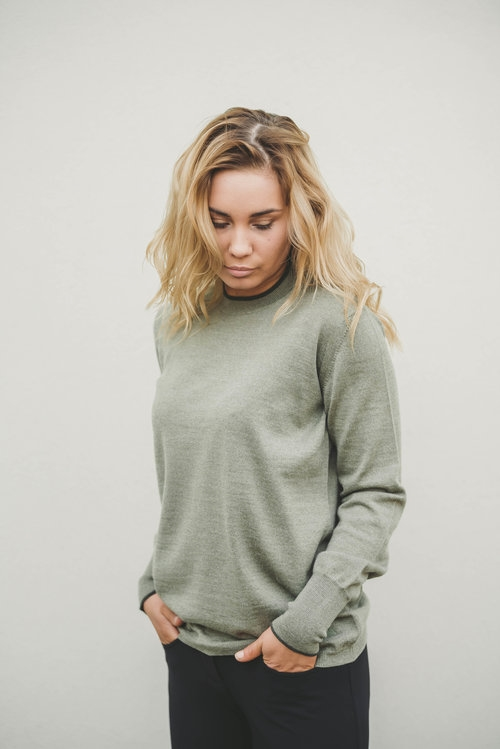 AEquipt Pullover Woman