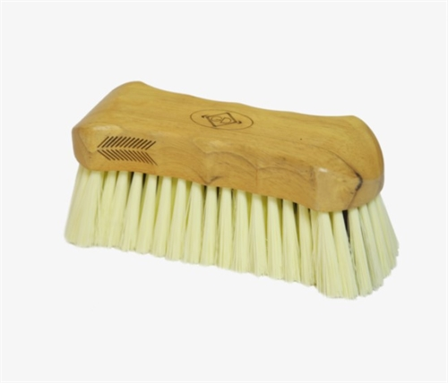 Kentucky Grooming Deluxe body brush middle soft